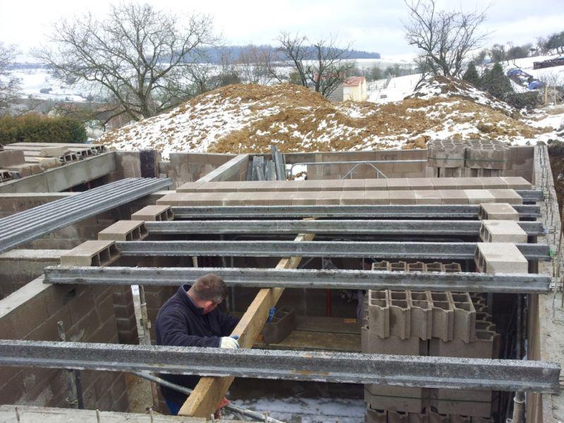 Le plancher haut la maison de wanda et jean marc - Construction maison en beton arme ...
